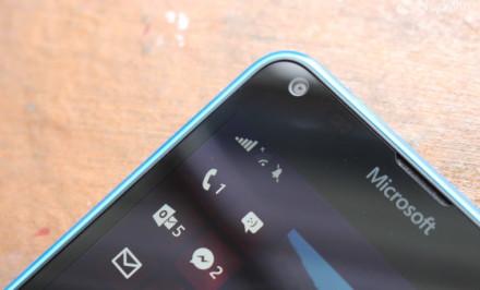 Lumia 555
