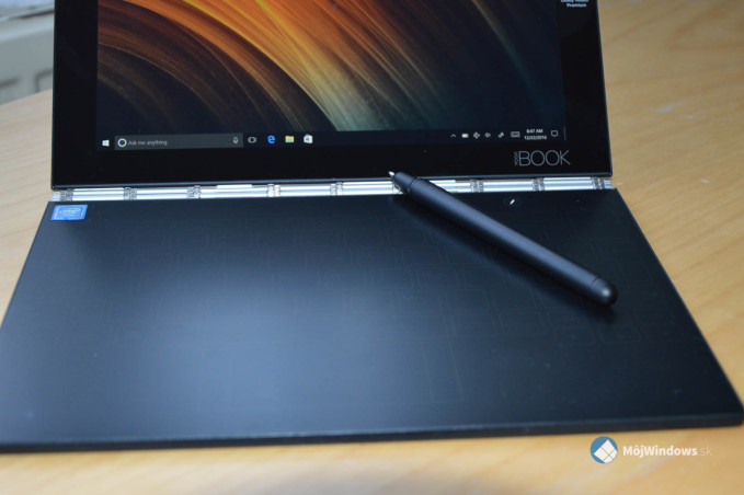Lenovo Yoga Book (1 of 1)